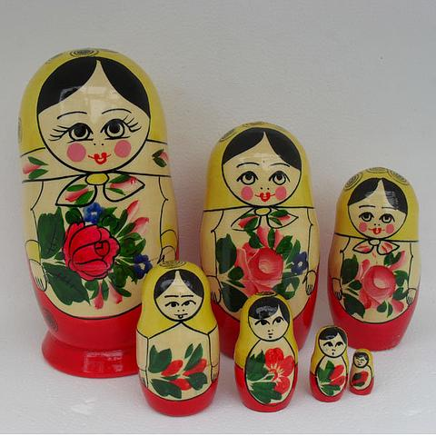 Mat002 - Matryoshka Dolls