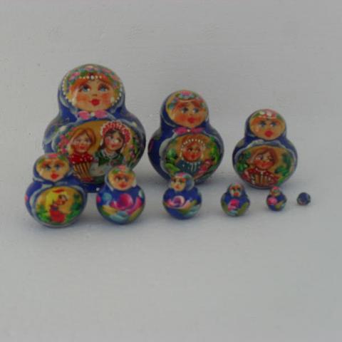 Mat016 - Matryoshka Dolls
