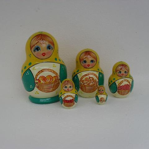 Mat020 - Matryoshka Dolls